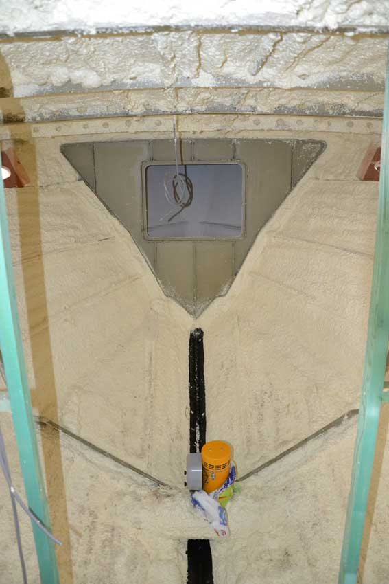 Boat Insulation Sprayfoam Which Also Combats Condensation