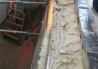 Toprail reefer repair with polyurethane sprayfoam